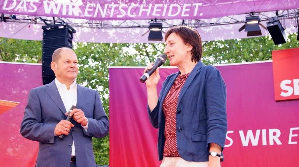 Olaf Scholz und Inka Damerau 8.8.2013                                                                                                   Foto:Christine Faltynek